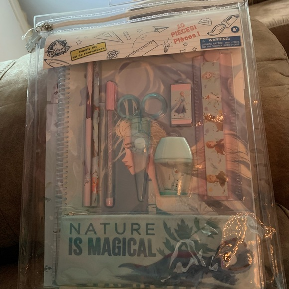 """DISNEY'S """"NATURE IS MAGICAL"""" SET FOR GIRLS"""